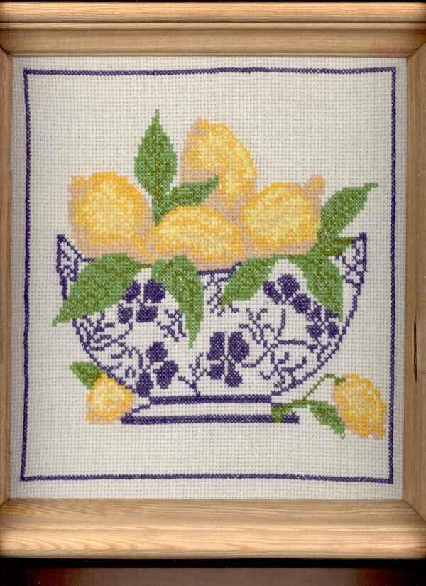 Панно ваза с лимонами